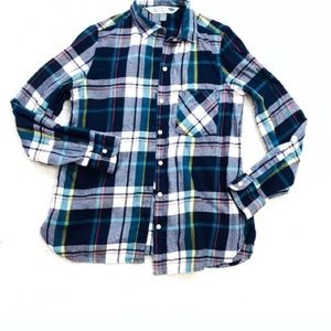 Gap plaid flannel button down shirt